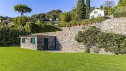 Villa Ferrari Fontana 913 1280