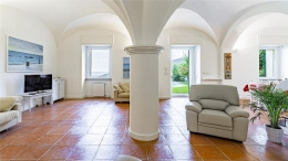 Villa Ferrari Fontana 93 1280